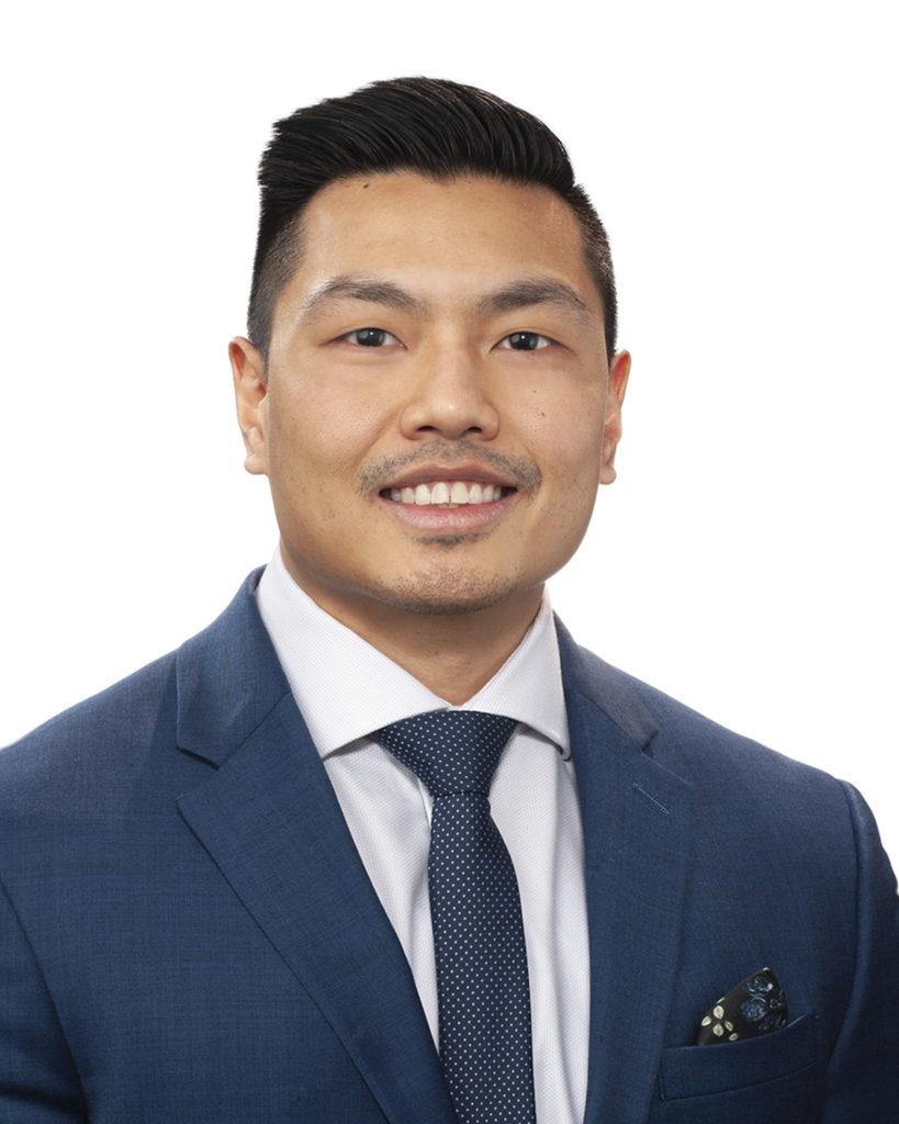Tom Yu : Sales & Leasing Consultant